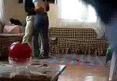 მასაჟი ოთახი ახალგაზრდა მსუქანა, მსუქანი, ბინძური.